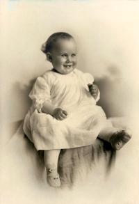 Elizabeth Jane Speik, 1924